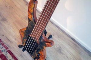 boutique guitar showcase marleaux bass guitars