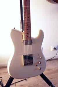 boutique guitar showcase tausch guitare 665