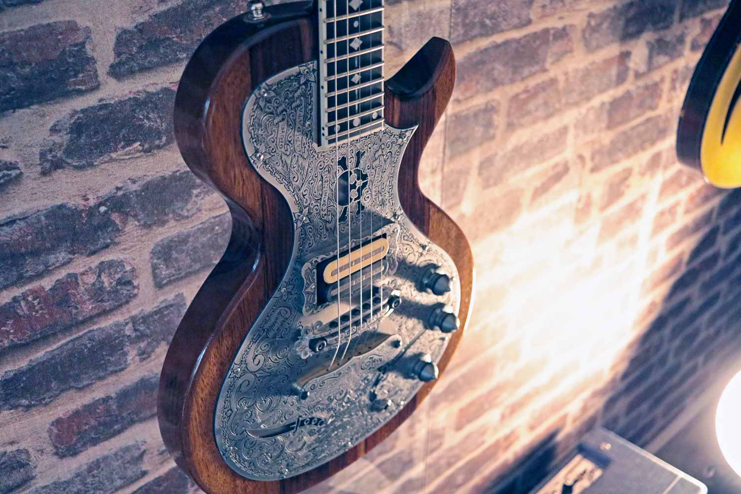boutique guitar showcase teye guitars