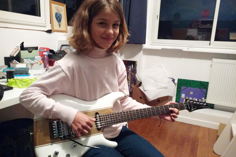 cours de guitare saturax capucine