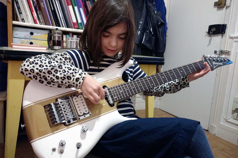 cours de guitare saturax jeanne