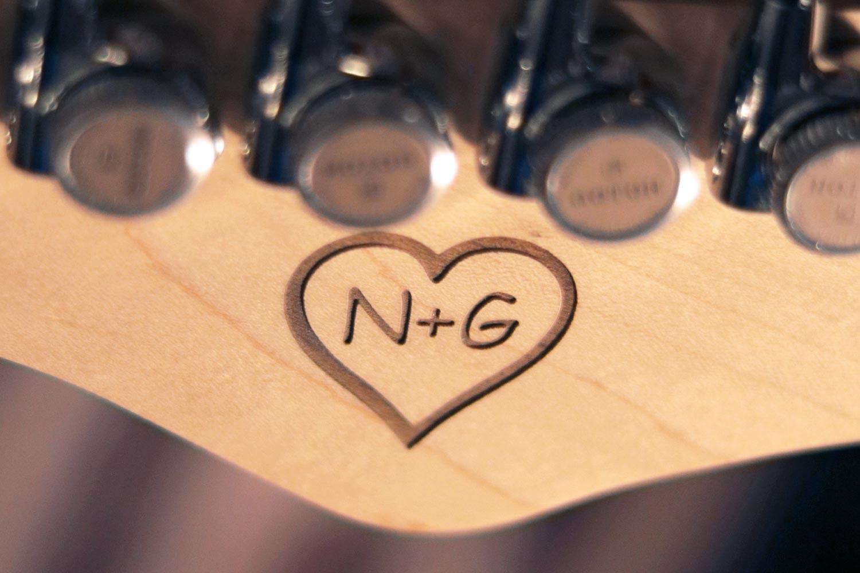 eagletone gravure coeur guitare