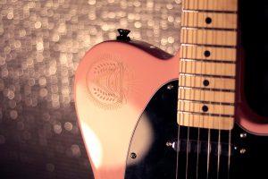 ripley guitare eagletone custom illuminatis