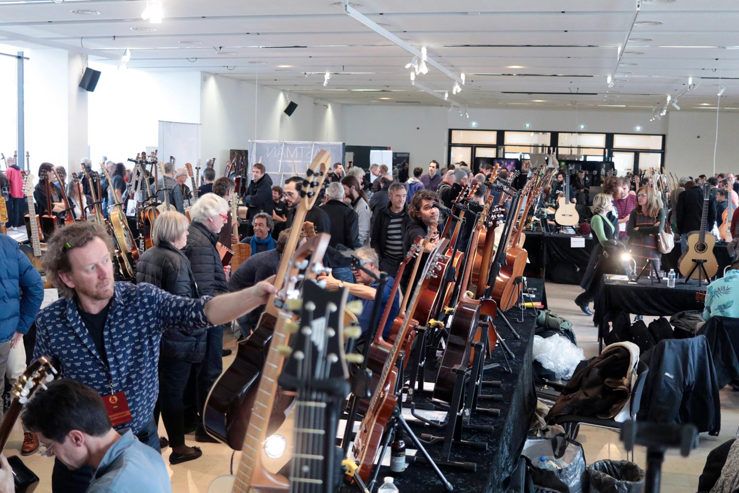 salon guitares au beffroi 2018 montrouge